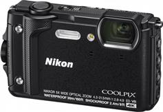 Nikon W300 Coolpix Black Holiday Kit
